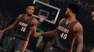 /products/NBA 2K15/screen3_large.jpg